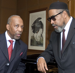 Leon Huff (l) and Kenny Gamble (r)